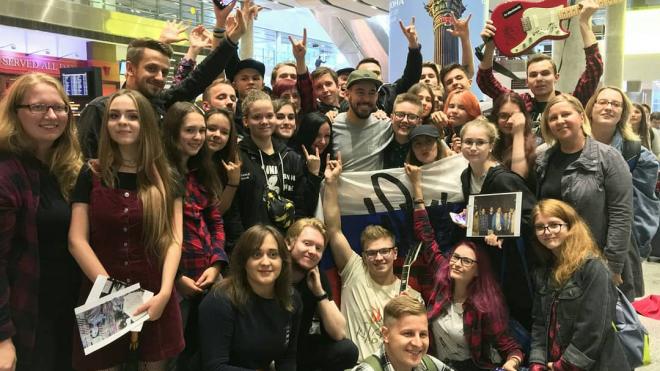 В Петербург прилетел один из основателей Linkin Park Майк Шинода