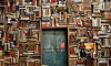 В Петербурге девушка сломала дверь библиотеки из-за книги