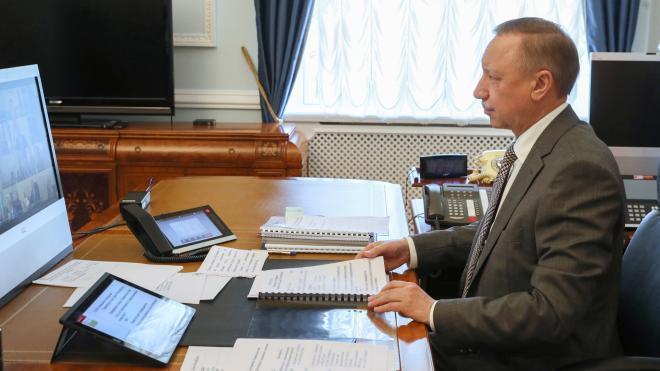 Беглов поздравил петербуржцев с Днем железнодорожника