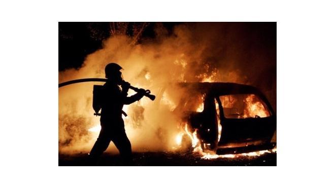 В Новосибирске задержанный сгорел заживо в полицейском автомобиле
