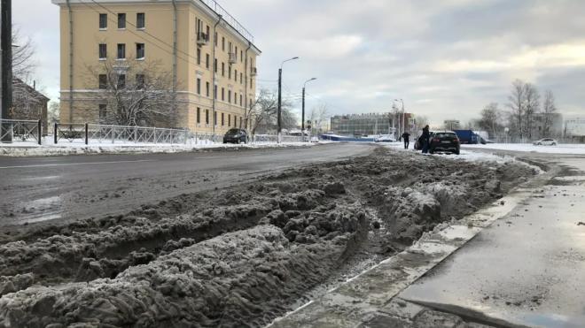МЧС предупреждает: в пятницу в Ленобласти ожидается сильный снегопад