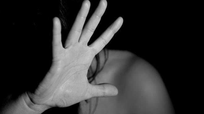 В Невском районе безработный мигрант убил подругу кулаком в живот