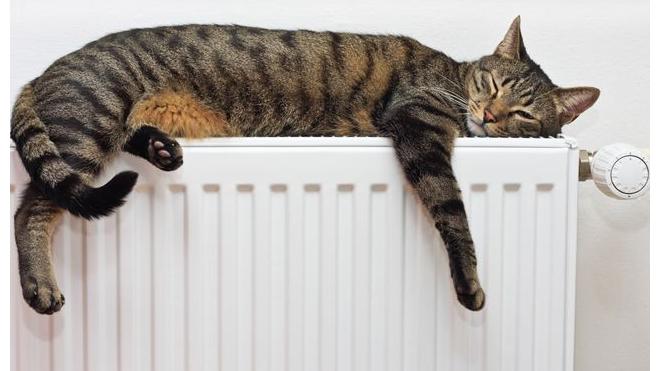 Жилком: отопление включено во всех многоквартирных домах