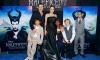 Анджелина Джоли получила удар в спину от Брэда Питта: он не пускает детей в Лондон