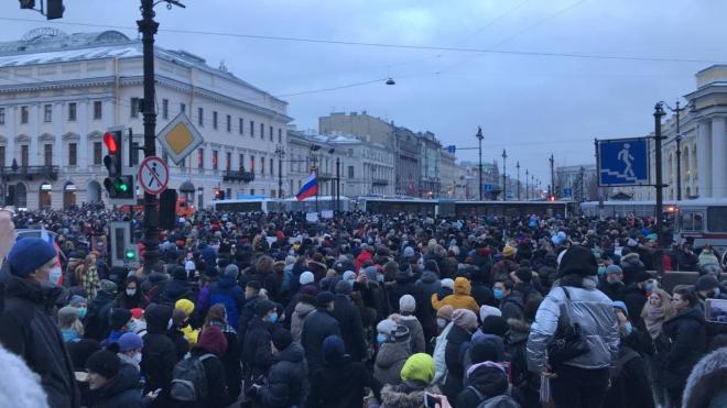 В Петербурге возбудили уголовное дело из-за вовлечения подростков в несогласованные акции