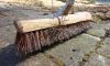Комитет по благоустройству потратил 220 тысяч кубометров воды на очистку Петербурга от грязи