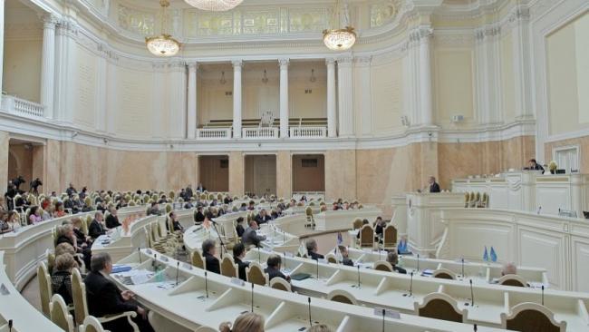 В Петербурге готовятся отстранить от должности 11 муниципалов