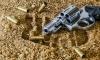 В Невском районе мужчины устроили дуэль на травматических пистолетах из-за петербурженки