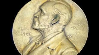 Победившую на выборах уборщицу выдвинули на Нобелевскую премию мира