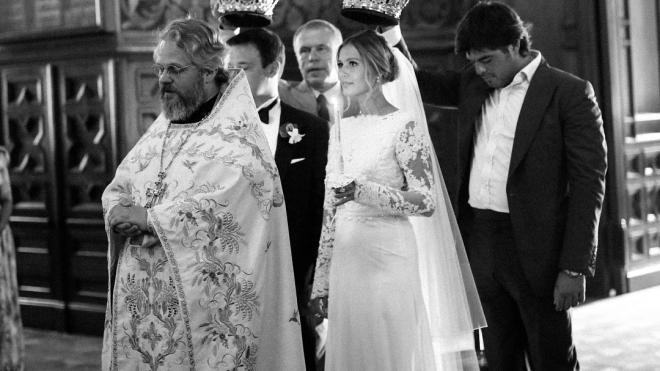 Мария Кожевникова показала фотографии своего венчания