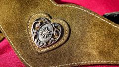 У продавца кожаных изделий из Петербурга требуют вернуть 4,3 млн рублей