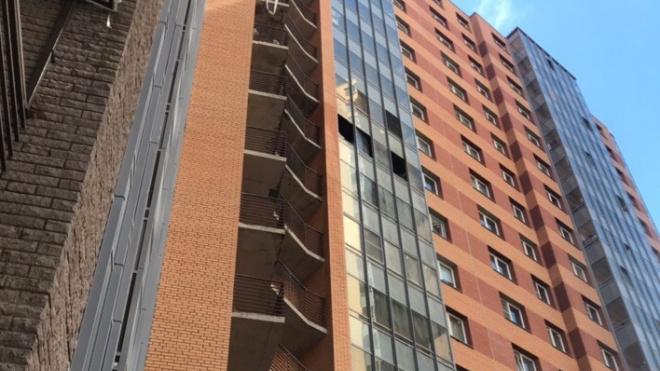 В Кудрово на балконе многоэтажки взорвалась пиротехника