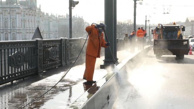Весенняя уборка во Фрунзенском районе стартовала на две недели раньше