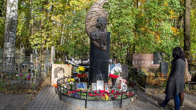 У могилы Виктора Цоя избили мужчину