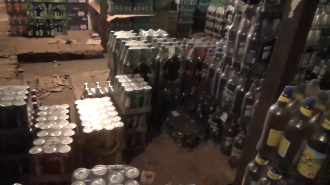 После рейда на рынке во Фрунзенском районе задержали 33 мигранта