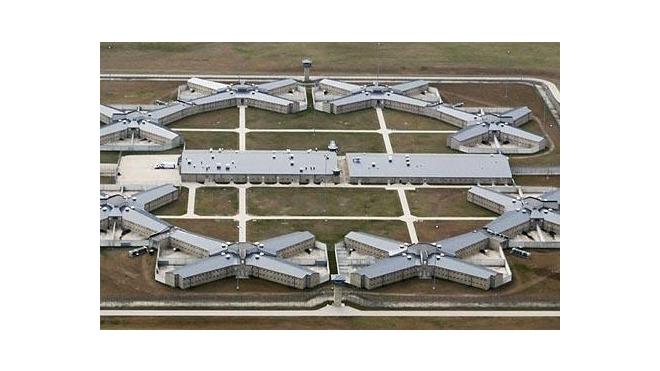 Россия требует от США немедленно закрыть тюрьму Гуантанамо