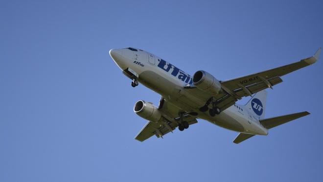 Самолет авиакомпании Utair повредил шасси при посадке во Внуково