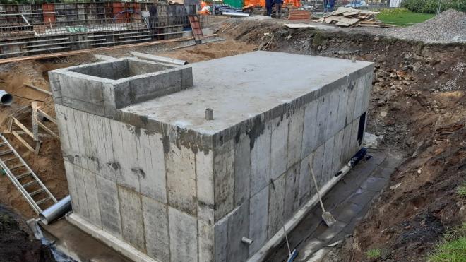 Реконструкция фонтана на Лермонтовском проспекте закончится к концу октября