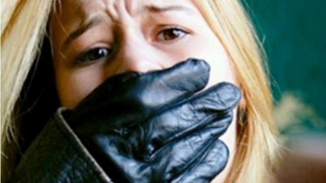 Ночью под Кантемировским мостом азиат изнасиловал украинку