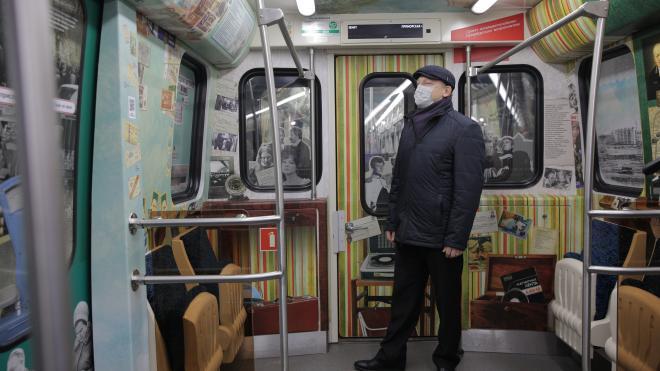 К 65-летию метро в Петербурге запустили тематический поезд