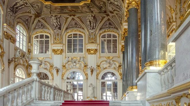 Эрмитаж оказался пятым в рейтинге лучших музеев мира