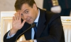 Медведев думает, что в России - демократические выборы