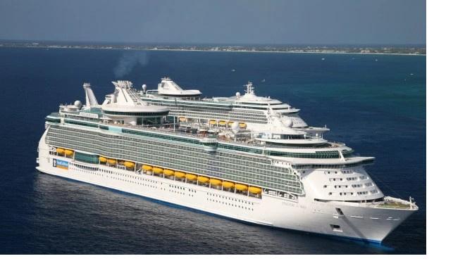 В Пуэрто-Рико на круизном лайнере погибла годовалая девочка, упав с большой высоты
