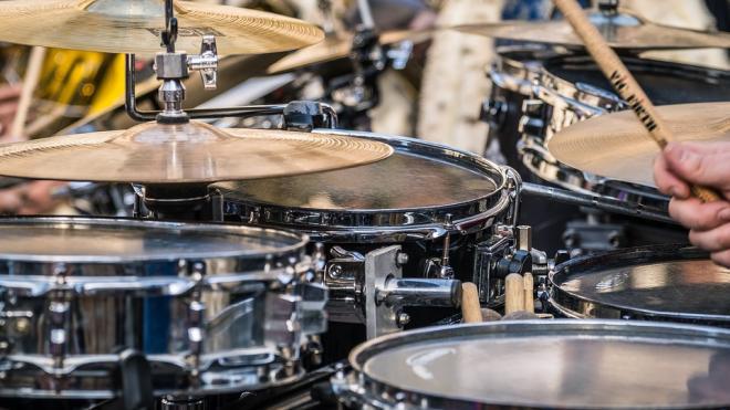 Школы искусств Ленобласти получат новые музыкальные инструменты