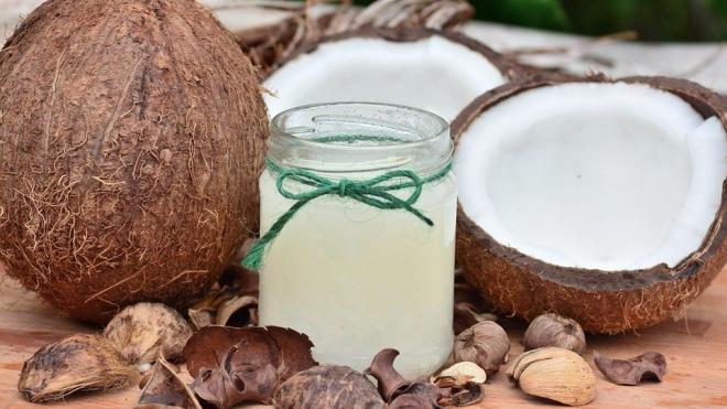 СМИ: ученые обнаружили пользу кокосового масла при лечении COVID-19