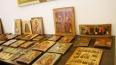 В Петербурге воры украли иконы, картины и награды, ...