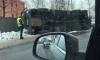 В Ленинградской области перевернулся грузовик