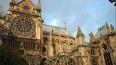Французский писатель покончил с собой в соборе Нотр-Дам-...