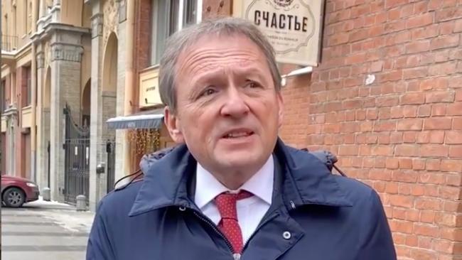 Борис Титов предложил решение спора между между барами и жителями улицы Рубинштейна