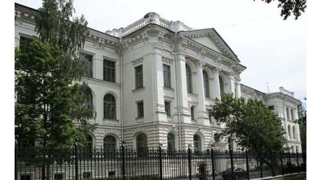 Стало известно, сколько зарабатывают ректоры в Петербурге