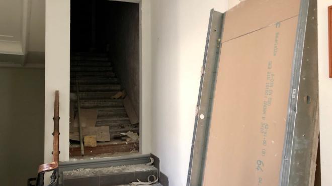 Парадную лестницу в Доме Полежаева открыли для жильцов спустя 72 года