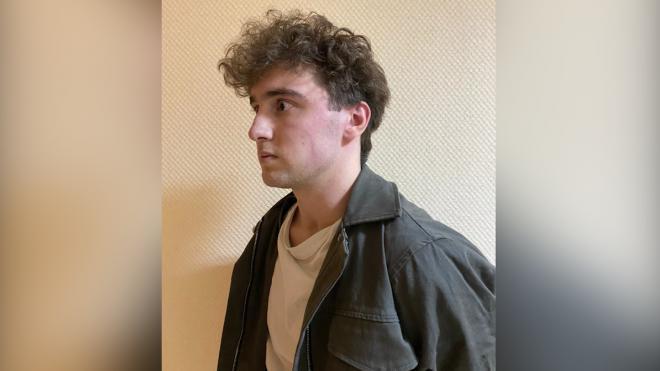 Молодой человек грабил женщин в вечернее время в Калининском районе