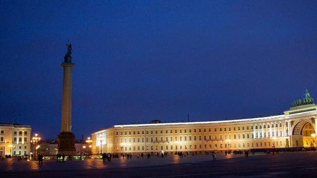 Петербург признан лучшим туристическим направлением в России