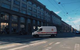 На заводе в Невском районе мужчине оторвало руку во время работы