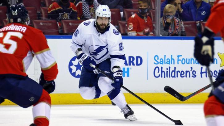 Кучеров набрал 100 очков в матчах плей-офф НХЛ