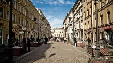 С 1 мая в Петербурге стартует сезон летних кафе