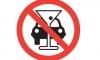 Пьяный водитель искалечил трех петербуржцев на остановке