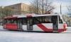 В Петербурге фура врезалась в трамвай на перекрестке