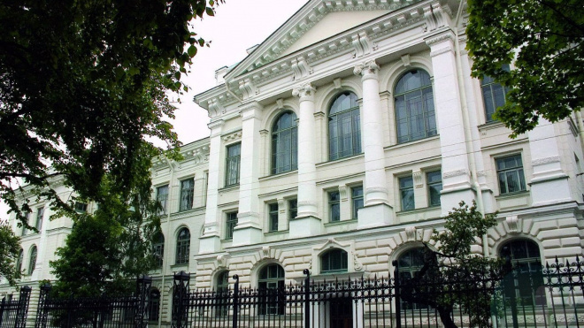 Политехнический университет в Петербурге выплатит всем студентам 2200 рублей