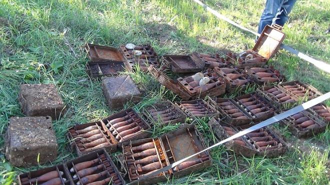 Под Севастополем нашли схрон с боеприпасами и 3 кг тротила времен Второй мировой войны