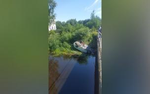 Машина улетела в Староладожский канал