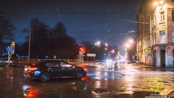 Нетрезвого виновника ДТП в Петербурге поймали другие водители