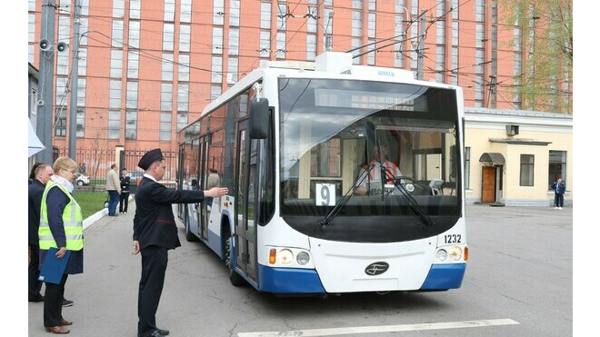 В Петербурге пройдет конкурс на лучшего водителя троллейбуса
