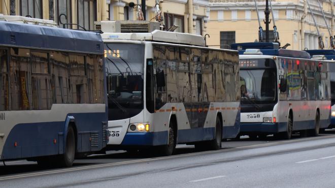 Закрытие движения двух троллейбусов по Ланскому шоссе продлили до 15 ноября