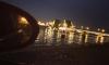 Парень упал с моста в Неву