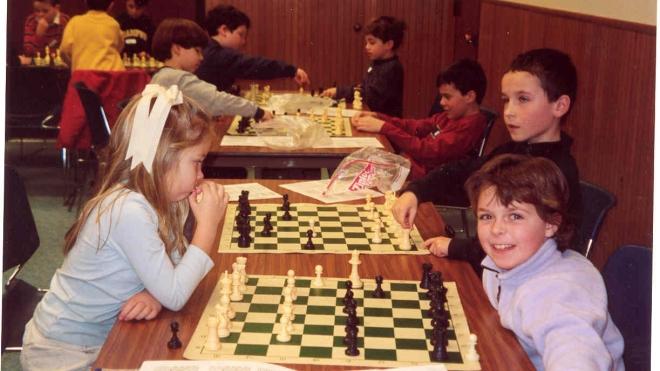 Девочка шести лет выиграла 7 шахматных партий из 7 возможных